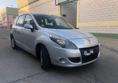 Renault Scenic (2)