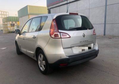 Renault Scenic (4)