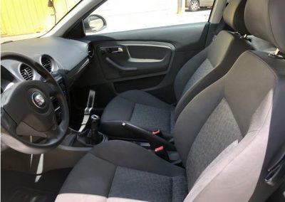 vista interiopr asientos delanteros seat ibiza